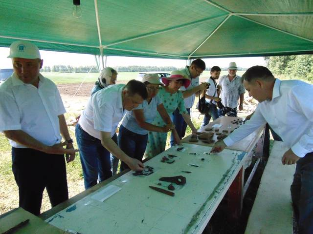 Директор ЧГИГН, депутат Госсовета Чувашии Пётр Краснов побывал на археологических раскопках Тигашевского городища